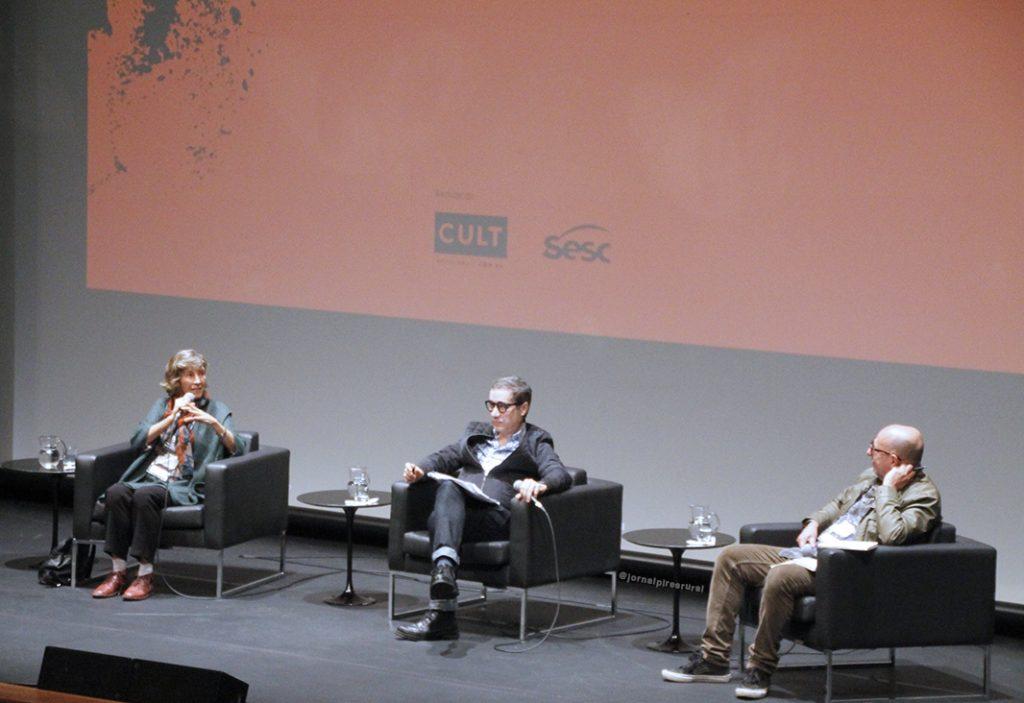 """Maria Rita Kehl participou do seminário """"Jornalismo: as novas configurações do Quarto poder"""", relatando sua nas redações de jornais"""