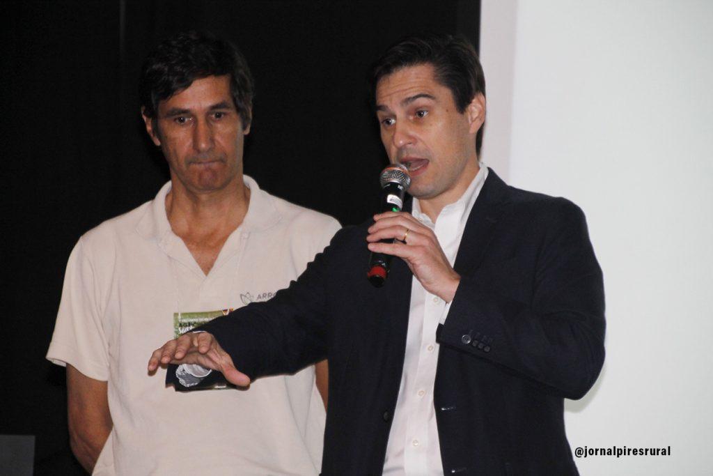 O produtor Edwin Montenegro e Gustavo Diniz Junqueira