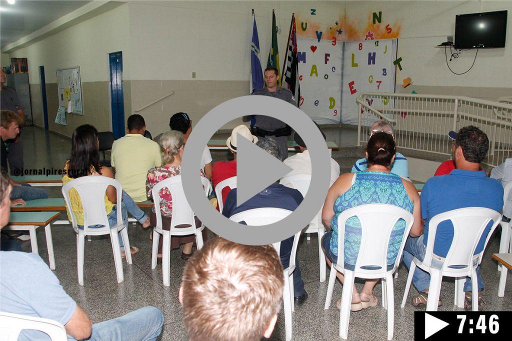 Reunião realizada no bairro dos Pires com o Capitão comandante da 5ª Companhia da Polícia Militar