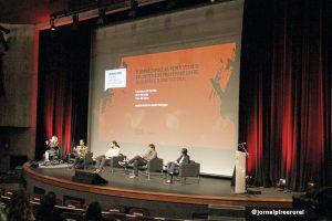 """seminário """"Jornalismo, as novas configurações do quarto poder"""""""
