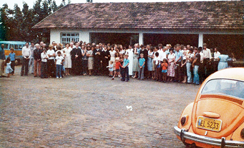 A despedida na igreja em Nova Carapina (Serra - ES)