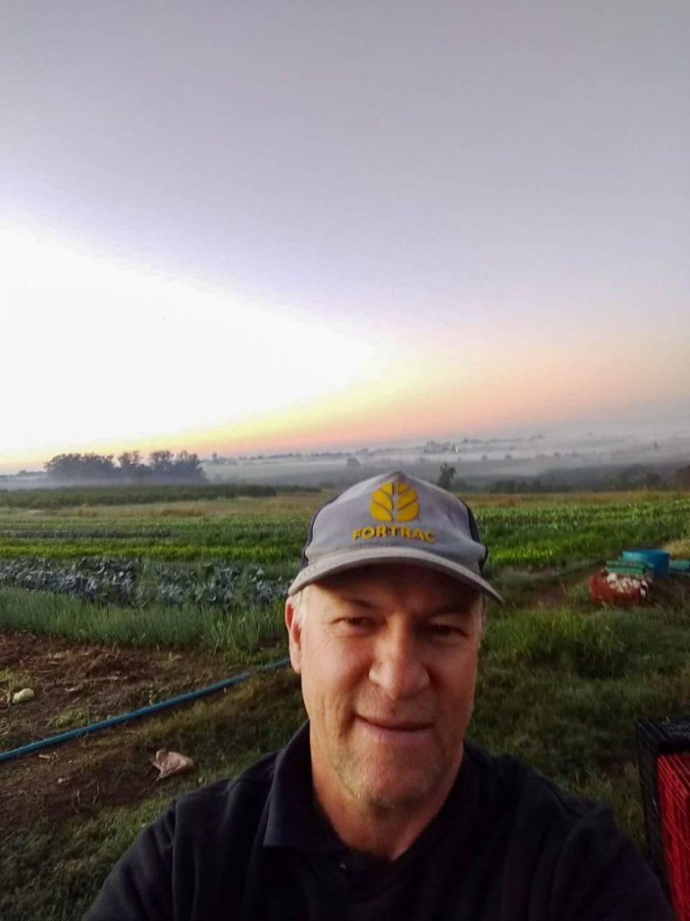 Maurício Beckmann, 51 anos, trabalha no sitio São Cristóvão, no bairro dos Pires de cima